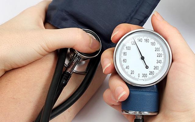 terhelés magas vérnyomás esetén 2 fok