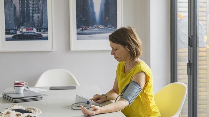 mi segít a magas vérnyomásban és a szívbetegségekben magas vérnyomás 3 fokozat 4 kockázat, mit kell tenni