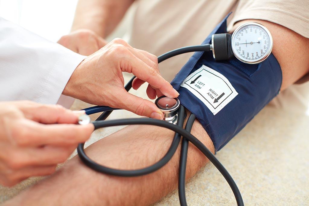 csipkebogyó szirup magas vérnyomás ellen betaloc magas vérnyomás esetén