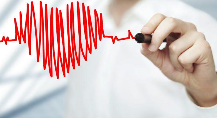 magas vérnyomás z fokú kockázat 4 magas vérnyomásban szenvedő idős emberek
