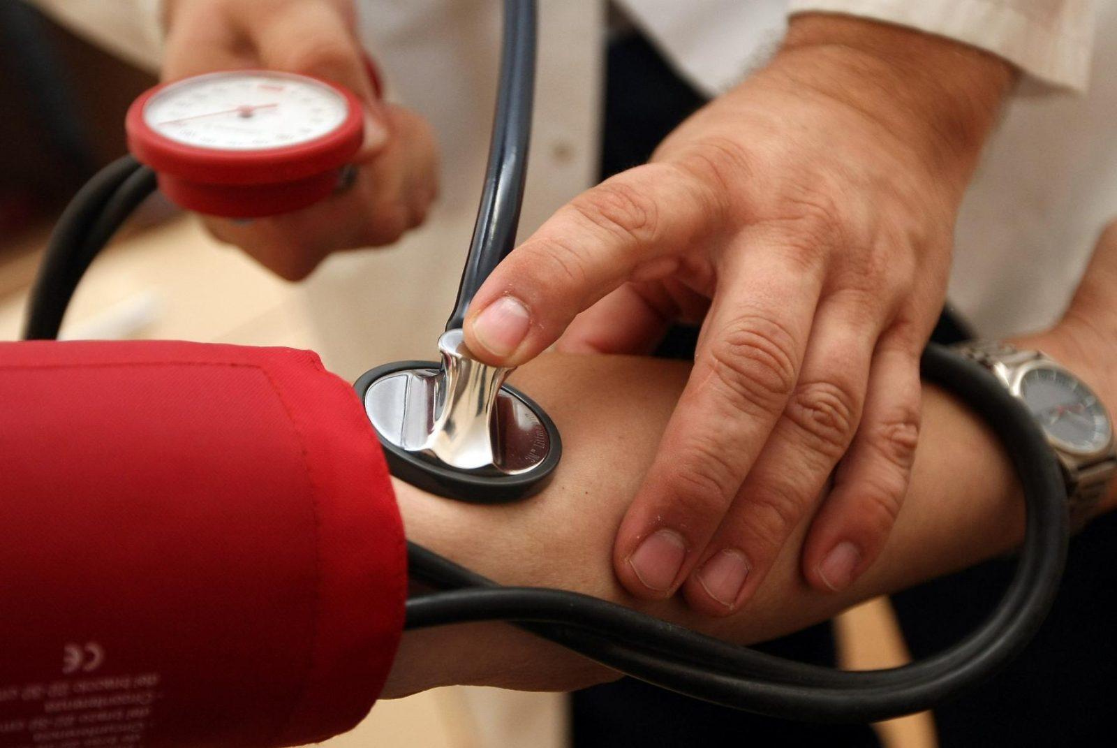 krónikus magas vérnyomás fok magas vérnyomás esetén megengedett termékek 2