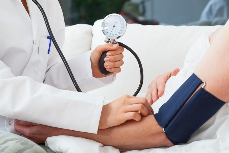 magas vérnyomás, mely gyógyszerekkel kezdhető magas vérnyomás injekciós kezelése